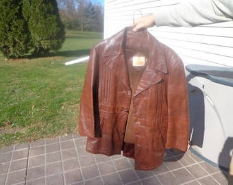 Mans 1960s vintage brown 3 button vintage leather jacket,coat by Bermans size 42,nice patina