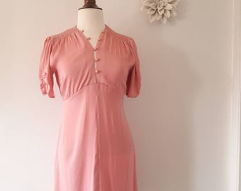Women's Vintage Pink Button Dress Size 8 Clothing