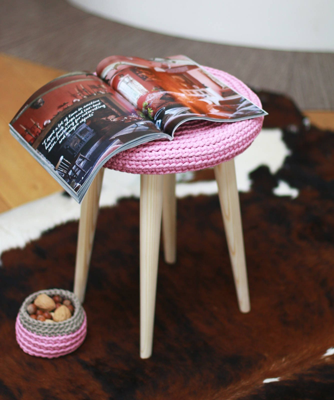 Set Of Stool Round Chrochet Stool Cover And Small Basket