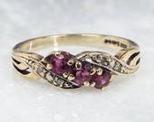 Vintage 1993 9ct Yellow Gold Elegant Ruby and Diamond Twisted Band Ring  Size N