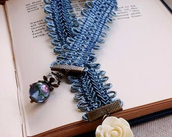 Flower bookmark Beaded bookmark Lampwork bead Vintage inspired bookmark Blue bookmark