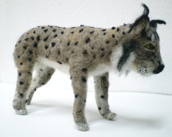 Felted Iberian Lynx Figurine, Wild Cat, Endangered Jungle Animal, Needle Felted