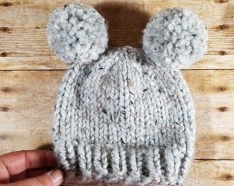 Double Pom Pom Hat, Newborn Pom Pom Hat, Knit Baby Hat, Double Pom Pom Beanie, Newborn Photo Prop, Baby Bear Hat, Grey Hat