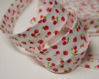 Sewing bias tucked cotton cherry background pattern 2cm white (m) ref: BIAI05