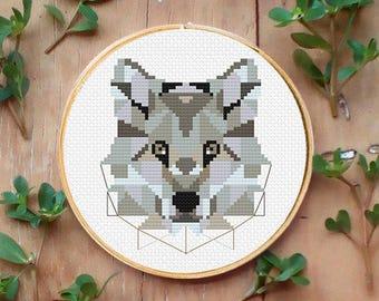 Wolf cross stitch pattern, Geometric wolf, PDF counted cross stitch pattern, Modern cross stitch, xstitch pattern, woodland animals, lobo