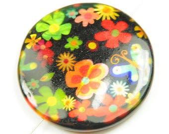 X 2 25mm flower mother of Pearl puck beads