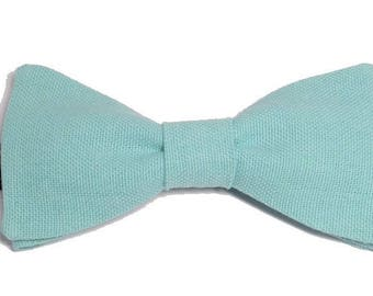 Green Blue bowtie with straight edges