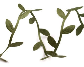 3 M Galon Garland of green satin leaves