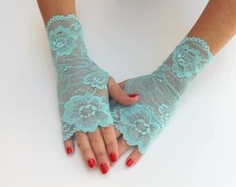 Turquoise lace gloves. Fingerless gloves. Short gloves. Turquoise lace mittens. Elastic floral lace gloves.