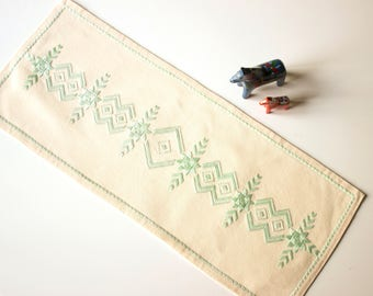 Vintage Swedish embroidered table cloth geometric embroidery - Scandinavian kitchen linen