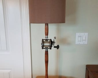 Vintage Antique Fishing Rod and Reel Table Lamp,Fishing Decor,Fishing gift,Fisherman Gift,Beach decor,Nautical Decor,Rustic Lamp,Cabin Decor