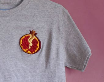 Hand-embroidered T-shirt Pomegranate
