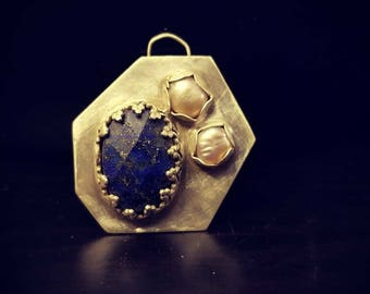 Pearl and lapis pendant
