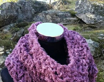 Purple scarf, chunky scarf, FREE SHIPPING cowl, Infinity, berry, Cowl, Lightweight, Mauve snood, pullover scarf, long Infinity, Purple Blend