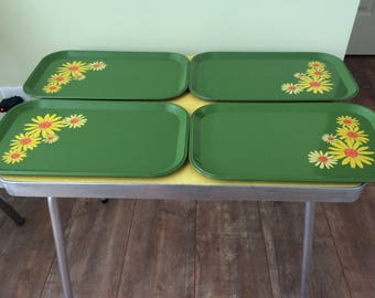 Retro Daisy  Flower Power Trays Set Of Four
