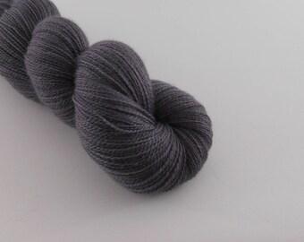 Ingénue Lace, Eléphant, merino silk , 100g