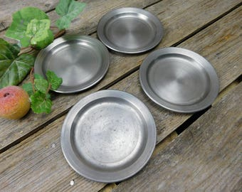 Set of 4 Vintage Colonial Pewter Small Dessert or Appetizer Plates