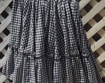 Vintage Black and White Checked Gingham Square Dancing Skirt, circa 1970s.