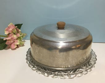 Aluminum Cake Carrier ~ Cake Dome with Glass Plate ~ Retro Kitchen ~ Detailed Glass Cake Plate ~ Farmhouse