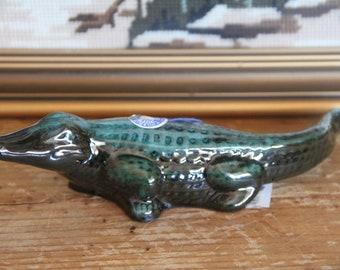 Cute vintage 1980s Blue Mountain Pottery Crocodile/Alligator