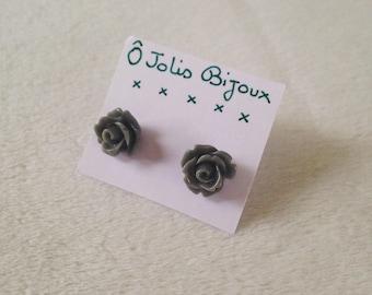 Flower Stud Earrings gray