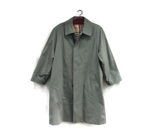 Vintage  WORK Trench Coat • Mens Workwear • Chore Coat • 70s Military Green Trenchcoat •  Industrial Heritage Utility Style • Size XL • XXL