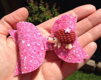 "Hedgehog love 3.5"" glitter bow"