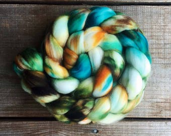 TROPICAL JOURNEY color, spinning fiber, roving, handpainted, hand dyed, top, merino, superwash merino, hand dyed roving