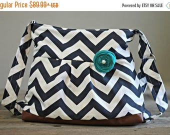 CHRISTMAS SALE Conceal and Carry Purse, Medium Messenger Bag, Navy Chevron, Conceal Carry Handbag, Concealed Carry Purse, Conceal and Carry