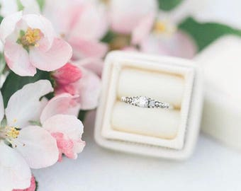 Vintage Style Buttercream Ring Box for Weddings, Proposals, Engagements and Ring Storage, Seamless Top
