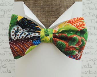 Bow tie, tropical theme bow tie