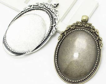 One Oval Cameo Pendant Blank Bezel Tray Setting // with Clear Glass Cabochon // Jewellery Making // Jewelry Making