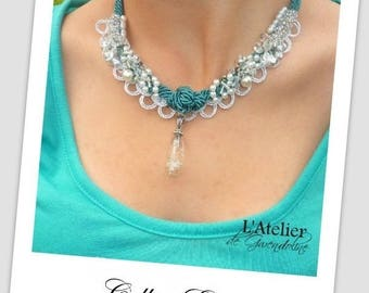 Star - Embroidered necklace color emerald green, white, silver