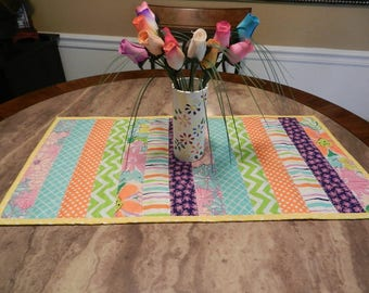 spring or summer table topper, colorful table runner, quilted table topper, free domestic shipping