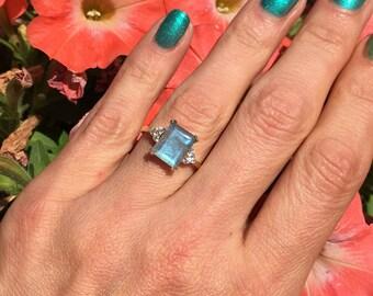 20% off- SALE!! Labradorite Ring - Grey Ring - Statement Ring - Gold Ring - Engagement Ring - Rectangle Ring - Cocktail Ring - Rainbow Ring