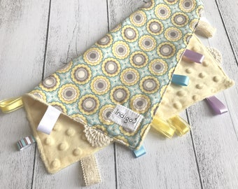 Baby Taggy Comforter, security blanket, baby Gift - Pastel Yellow and Blue