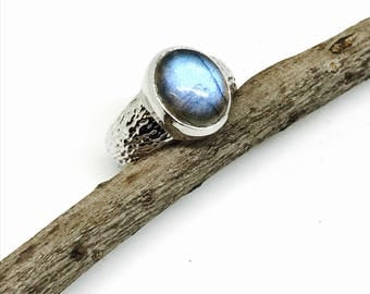 Labradorite, moonstone ring set in Sterling silver. Size - 6. Natural authentic stone . Nice blue color