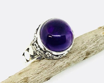 10% Amethyst stone  ring set in Sterling silver 925. Size -6, 8. Natural authentic amethyst stone- 13mm round