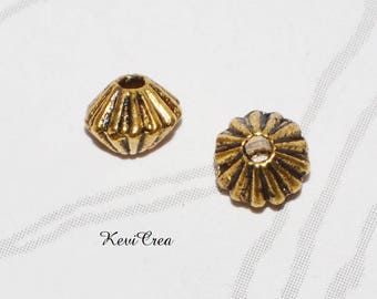 10 x small metal beads