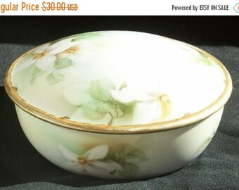 Lovely Two Piece Vintage RS Germany Porcelain China Powder Box - Free Shipping