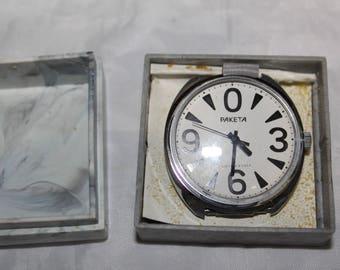 Rare Vintage RAKETA ZERO Russian watch Made in USSR