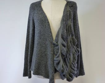 WINTER SALE. Artsy warm grey cardigan, M size.