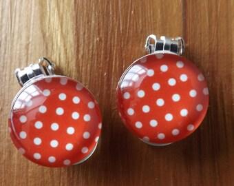 Clip-on red spot earrings, clipon bold earrings, clip-on spotty earrings, spotted earrings, unpierced dotty earrings, non-pierced earrings
