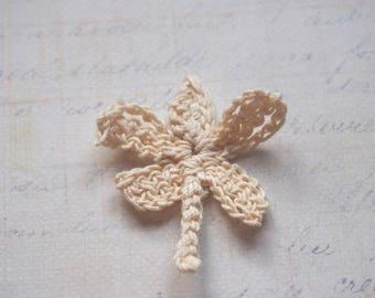 Ecru crochet Dragonfly - applique sewing 4 x 3, 5cm