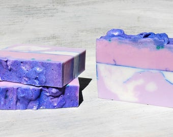 LAVENDER & LILAC Soap | Handcrafted Soap Bar | Essential Oil Soap |  Natural Fragrance | Shea Butter Soap | Handmade Soap