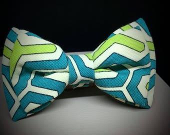 Handmade Green Geo Pattern Bow Tie