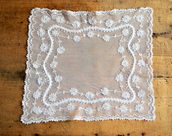 French Antique Filet Crochet Doily - Vintage Rectangular White Fine Lace - Daisies Cotton Needlework Doily - Christmas Lace - Shabby Chic