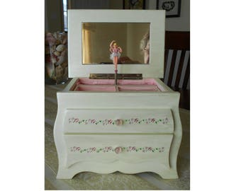 Little Girls Jewelry Box Music Box