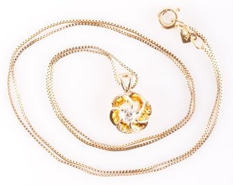 Vintage 1900s 14k Yellow Gold Old Euro Cut Diamond Flower Pendant W/ Chain .20ct