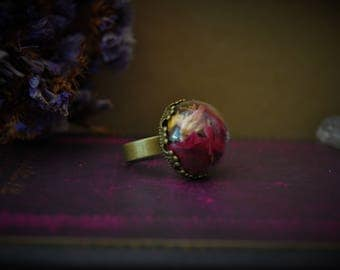 Elixirs * ring bronze petals vial terrarium with dried roses red and orange